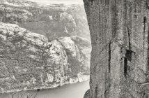 fotonomaden-portfolio-schwarzweiss-fineart-preikestolen-norwegen