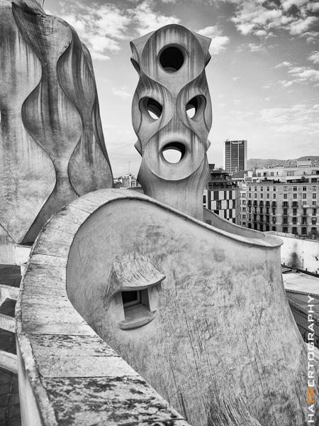 Testfoto Barcelona Olympus OM-D E-M10 Gaudi Architektur