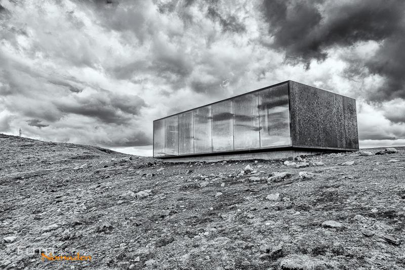 Fotonomaden-Norwegen-Schwarzweiß-Snöhetta