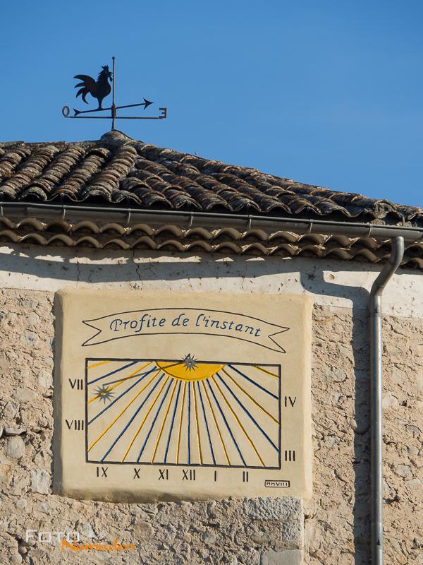 Fotonomaden Ardèche Reiseroute Sonnenuhr