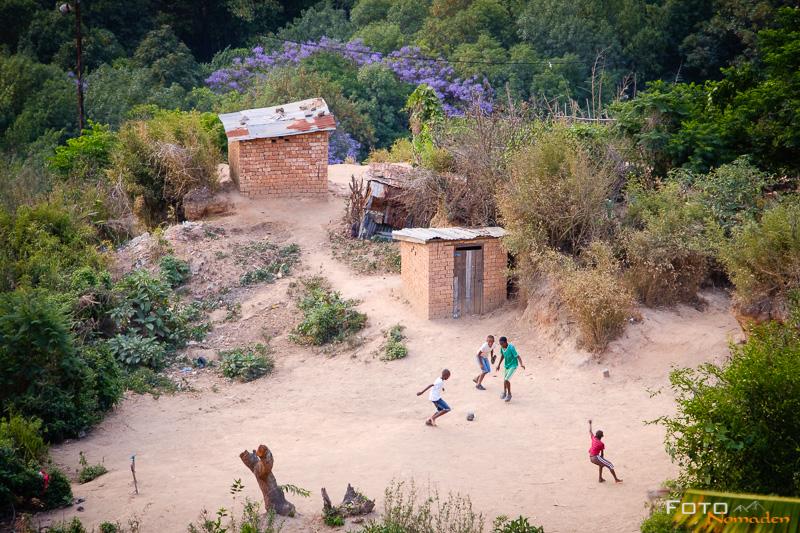 Fotonomaden Madagaskar Fotoreise Fußball