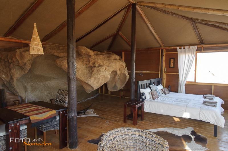Fotonomaden Namibia Reiseroute Wüstenquell Bungalow Innen