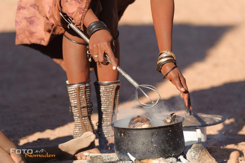 Namibia Rundreise Fotonomaden Himba Schmuck