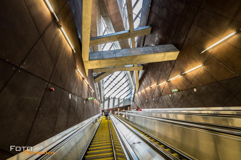 Budapest Fotografie Tipps Fotonomaden U-Bahn Gellert ter Rolltreppe