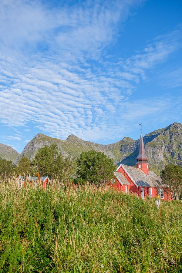 Flakstads Kirche - Lofoten/Norwegen Fotonomaden.com