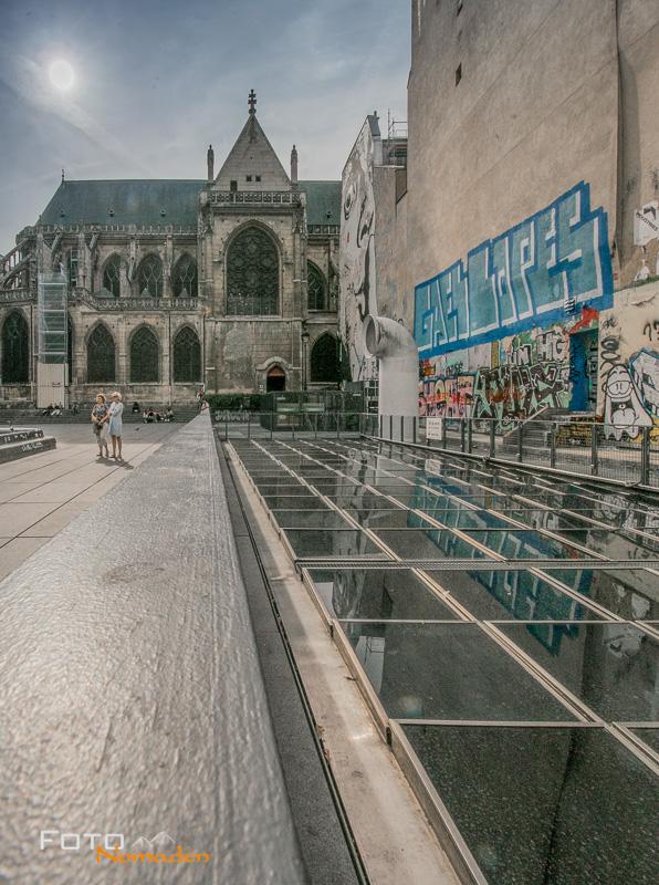 Paris Fotospot: Kirche Saint Merry oder Merri mit Streetart