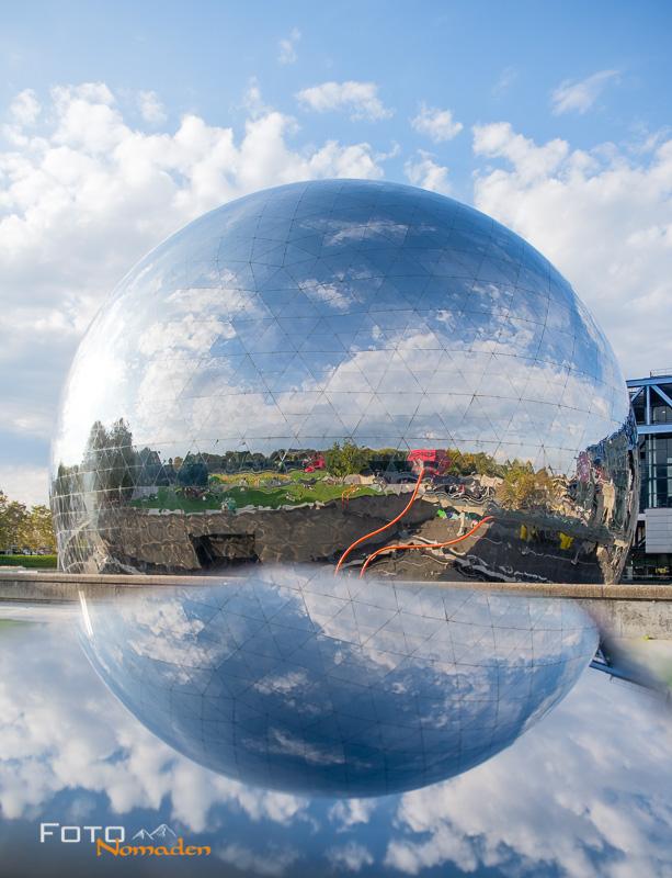 Städte fotografieren: Spiegelung mit dem Handy - Fotonomaden