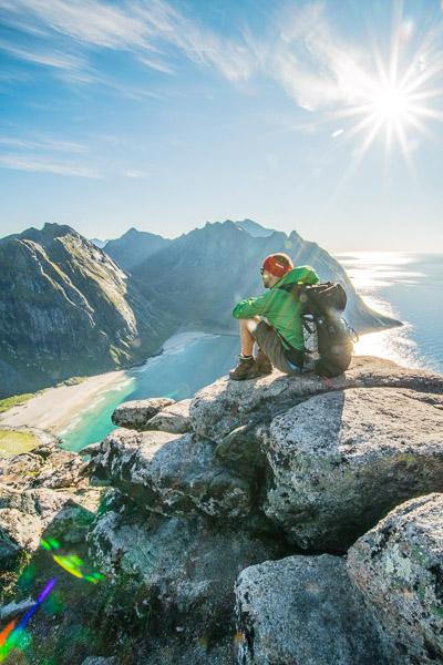 Blick auf die Kvalvika Bucht auf den Lofoten - Fotonomaden