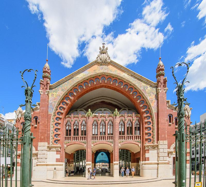 Vorderseite Mercado de Colón Valencia Sehenswürdigkeiten
