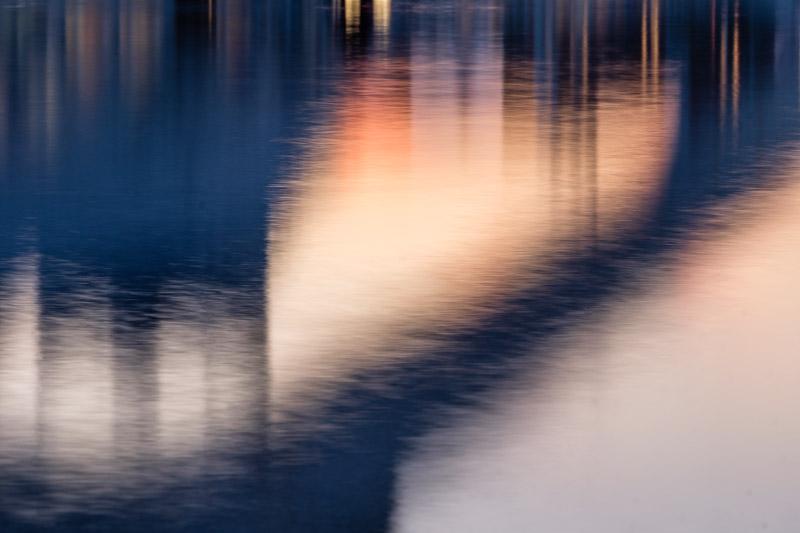 Abstrakte Spiegelung Valencia Sehenswürdigkeiten