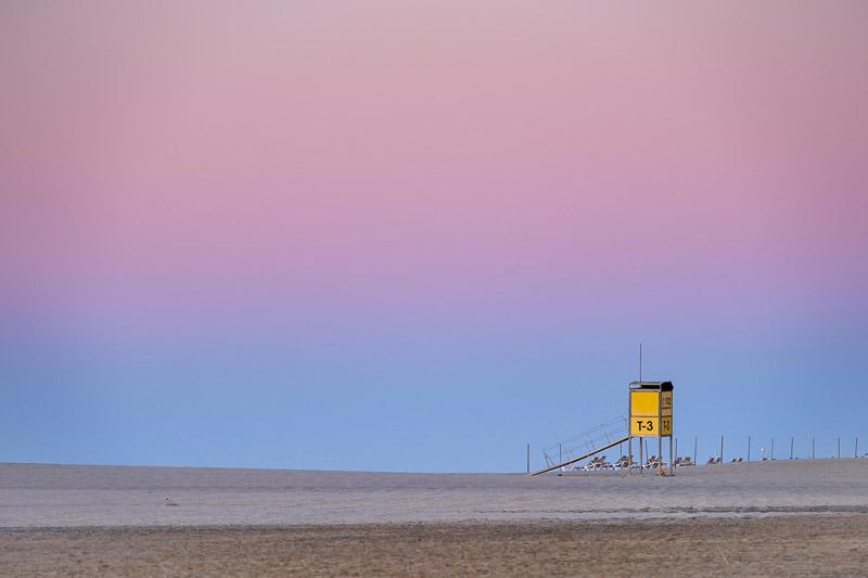 Strandbilder Fototipps Gelbe Hütte bei Sonnenaufgang