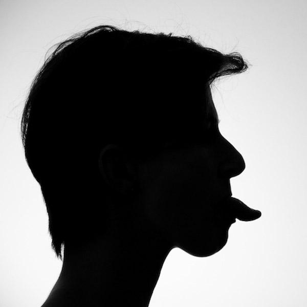 Fotoideen - Porträt mit Zunge
