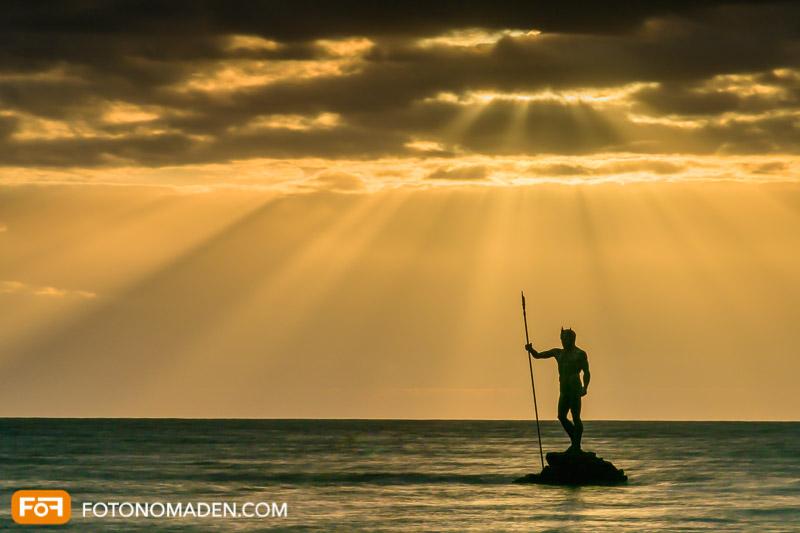 Manuell fotografieren - Sonnenuntergang am Meer mit Statue