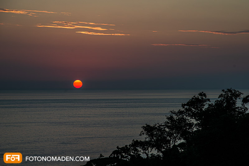 Schlechtes Bildbeispiel: unterbelichteter Sonnenuntergang