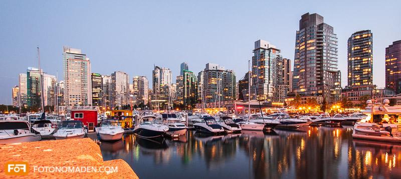 Abendaufnahme von Vancouver Skyline im manuellen Modus