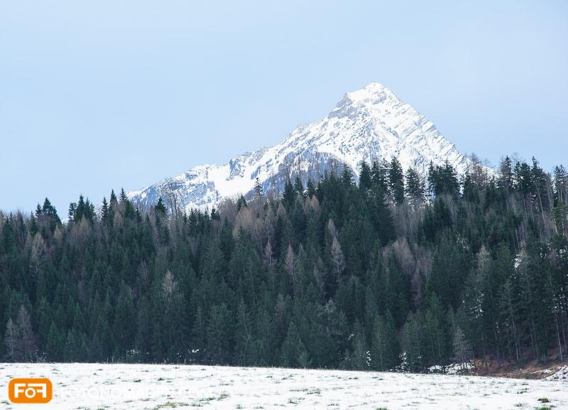 Bergfotografie - fades Bild in Farbe