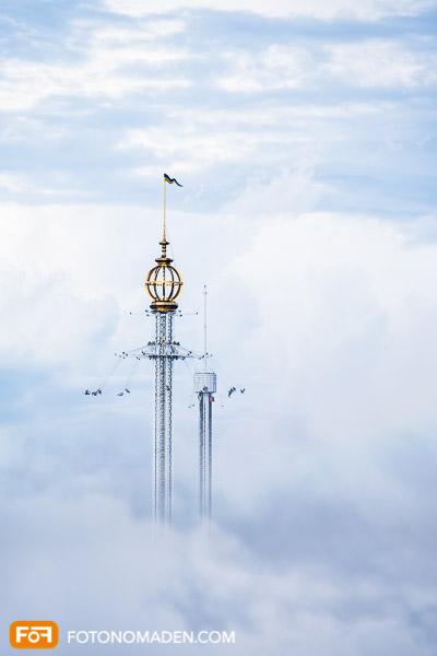 Städtefotografie Stockholm Grönalund Turm in den Wolken