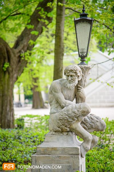 Städtefotografie Warschau Figur im Park