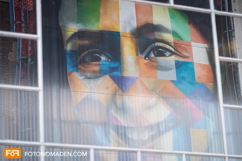 Städtefotografie Amsterdam Anne Frank spiegelt sich in Hausfassade